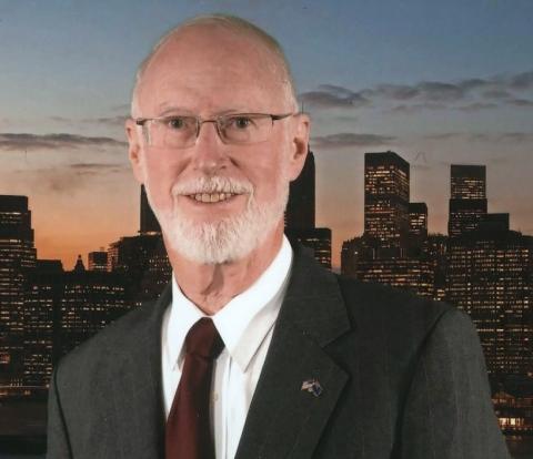 Dr Stephen Hoadley
